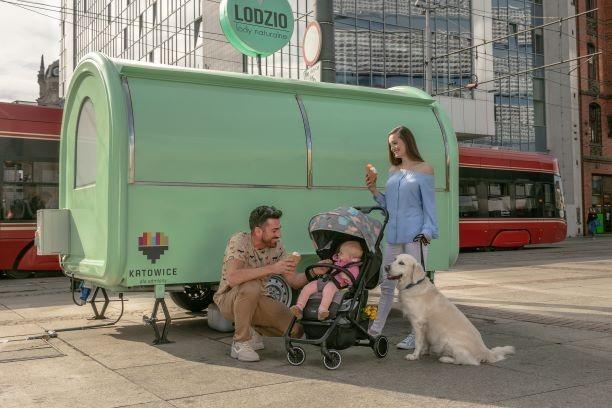 kompaktowy wózek na wyjazd 3w1