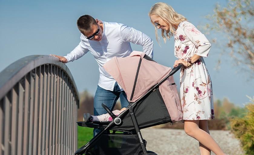 Jaki wózek spacerowy dla rocznego dziecka?